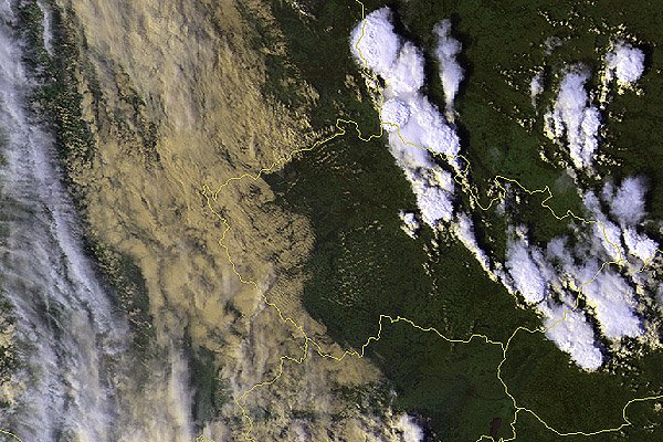 Situace nad Českou republikou ve 14:17 UTC (tedy přibližně jednu hodinu před výskytem tornáda) z pohledu polární družice NOAA 14 (z archivu družicového oddělení ČHMÚ, © Martin Setvák, ČHMÚ).